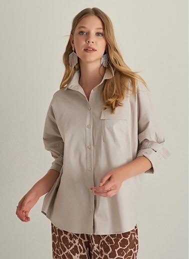 NGSTYLE Oversize Cep Detaylı Gömlek Bej
